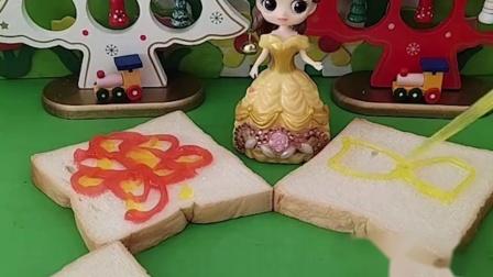 白雪喜欢吃果酱面包,贝尔给白雪做果酱面包,贝尔对白雪真好!