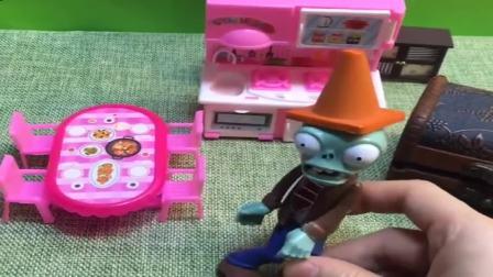 小猪佩奇玩具:猪爸爸家闯入怪兽僵尸,这两人躲到箱子里,光头强抬走以为捡到宝.mp4
