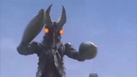 奥特曼:小龙虾怪兽终极进化为龙虾帝,奥特曼要被利刃切碎了!