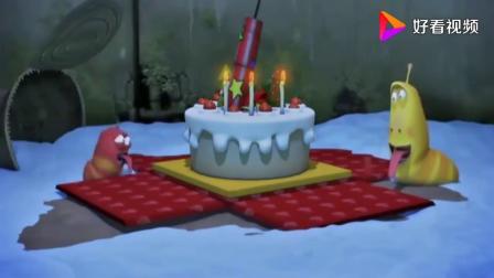 爆笑虫子:俩虫子在圣诞节收到神秘礼物,不料还有大惊喜.mp4