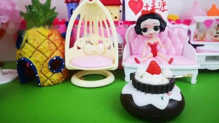 有孝心的贝儿做给王后草莓蛋糕!
