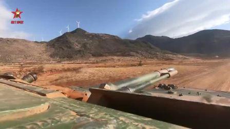 战车疾驰漫卷黄沙 实弹射击火力强悍[高清版]