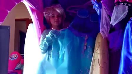 萌娃小可爱:小萝莉的小城堡里有好多漂亮的公主裙,你们喜欢吗?亲子益智玩具儿童乐园
