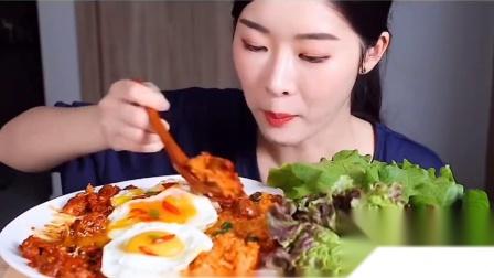 吃播小姐姐:小姐姐吃拌饭 菜包饭,吃的太爽太过瘾了