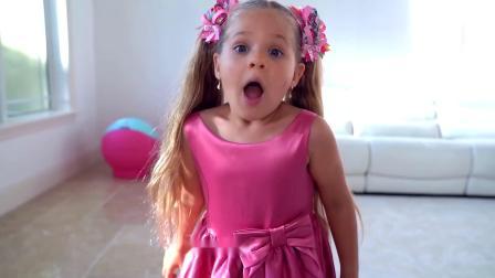 萌娃小可爱的冰淇淋被爸爸妈妈和哥哥给偷吃了,小家伙可伤心了!—萌娃:这些是我的!