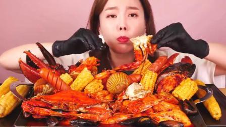 韩国吃播小姐姐素英吃辣炖海鲜,满满一大锅,看着好想吃!