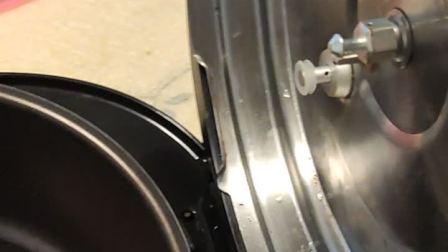 怎么拆卸 拆解 美的电压力锅 电饭煲