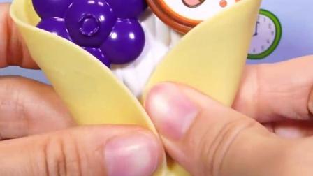 制作水果味蛋卷儿童玩具