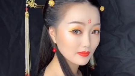青岛化妆培训学校前三名曼雅娜化妆培训 学员考试作品  微  manyana898