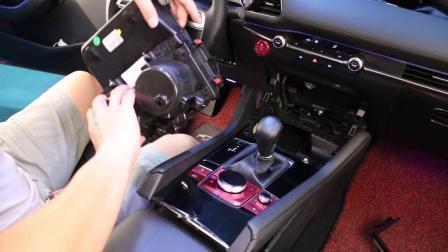 马自达3昂克赛拉无线充电器