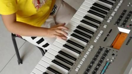 《粉刷匠》演奏者:二年级优秀学员辛舒源