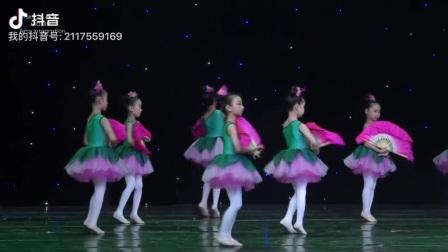 牛扭原创舞蹈《好一朵美丽的茉莉花》