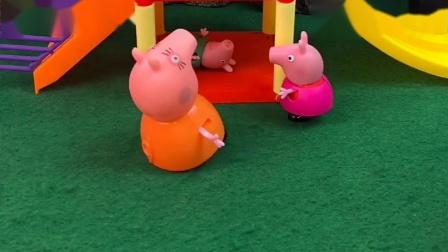 猪妈妈让佩奇找乔治,乔治藏在桌子底下干嘛呢,还把自己当成卧底了