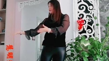 皮裤熟女热舞