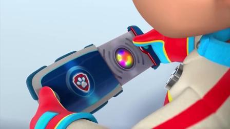 搞笑的汪汪队:一个小企鹅代替毛毛上了搞笑的汪汪队:巡逻车,毛毛被关在外面