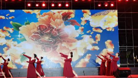 原创舞蹈《映山红》表演者:东营区紫惠艺术团              (谷九展录制)