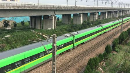 沪昆线 杭州枢纽D5461通过临时限速点后开始加速通过盈宁站