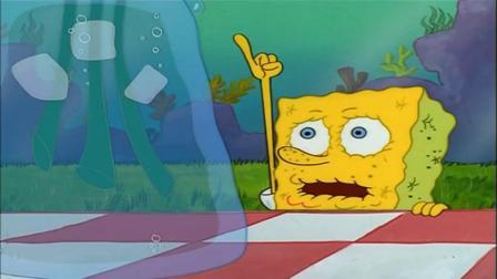 海绵宝宝:海绵宝宝离开水,看到满满一花瓶的水,抱着就喝起来!