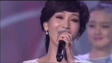 《爱的路上你和我》演唱:郑少秋,赵雅芝