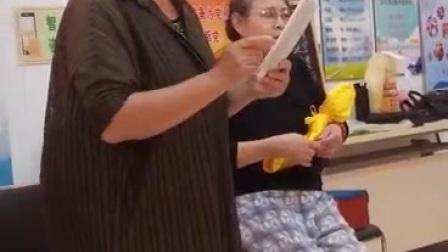 冯先生刘女士庞女士学唱二进宫