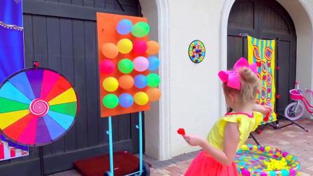 萌娃玩游戏:萌娃小可爱要帮爸爸去买面包,小家伙拿钱去玩游戏了,真是调皮!
