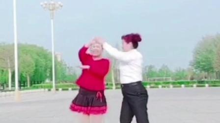 美美哒双人舞《过河》超级简单易学哟