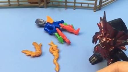 小奥特曼放下武器休息,怪兽拿走了武器,小朋友快通知小奥!