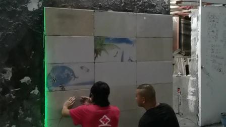 广西陆师傅一天学会贴墙面瓷砖的培训方法