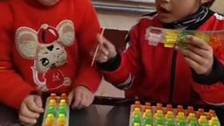 少儿玩具: 奥雷斯和赛娃超级变身