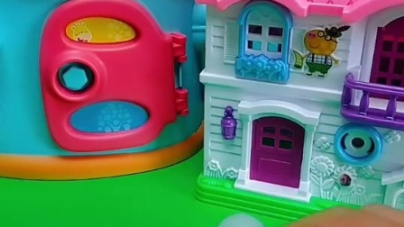 小鬼想要一个房子,乔治就把自己家的房子给了小鬼了,好尴尬啊