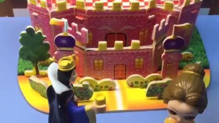 白雪和王子要成亲,贝尔却无理取闹!
