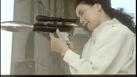 肩背火箭筒的女反派boss被杀击毙 邪不胜正