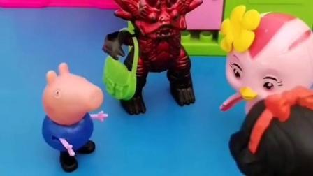 怪兽装木头人一动不动,抬得胳膊都酸了!