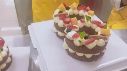 教你不用模具也能做出好看的数字蛋糕 展翅烘焙培训 蛋糕裱花