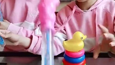 童年趣事:泡泡水没抢到,手还被鳄鱼咬了