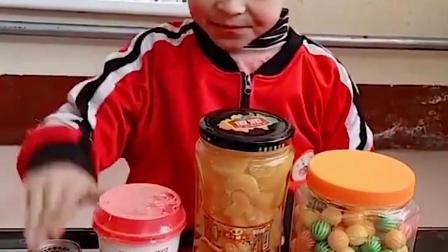 童年趣事:零食太多了也是一种烦恼