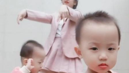 Lisa-螃蟹舞🦀