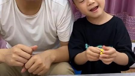 趣味童年:分泡泡糖吃喽