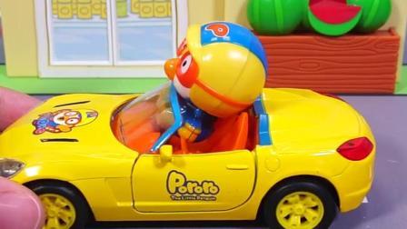 小企鹅的汽车玩具