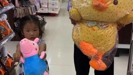 孩童趣事:买买买,喜欢的都买!