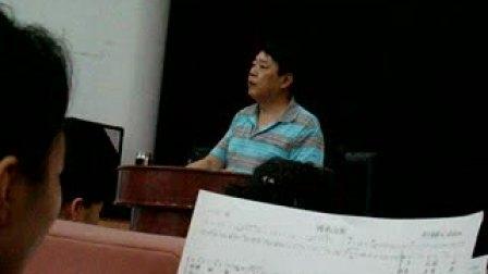 指挥家王延辉2009年在山东联通排练大合唱2