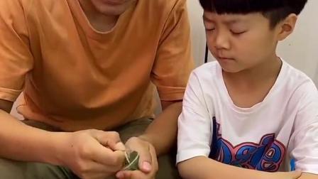 深刻的童年:爸爸真聪明,抓到了偷吃贼