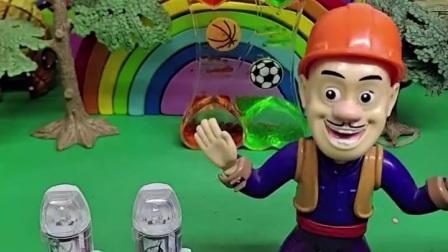 小奥特曼吃了奥特曼胶囊长大了,去打怪兽了,奥特曼胶囊好神奇啊!