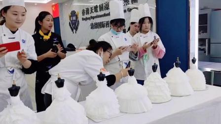 杭州港焙西点杭州十大西点烘焙学校排名-杭州知名西点烘焙机构