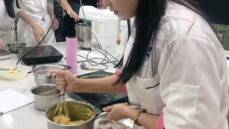 港焙西点 青岛烘焙培训学校 青岛哪里学烘焙 青岛烘焙培训班