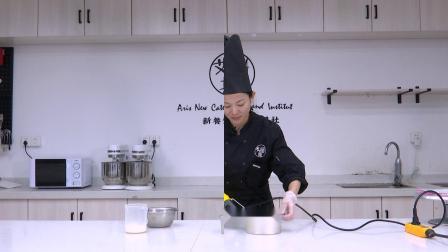 南昌蛋糕培训,江西西点培训艾瑞斯培训课程白巧慕斯的制作