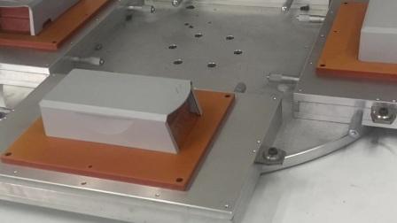厨具商标丝印机,潮州市丝印机厂家,自动旋转玻璃亚克力镜片网印机,布料皮革印花机,平面丝网印刷机,东莞优远印刷机械