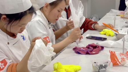 港焙西点-江西哪里可以学裱花-江西裱花培训学校