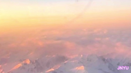 翻越天山—从乌鲁木齐到新源县那拉提机场