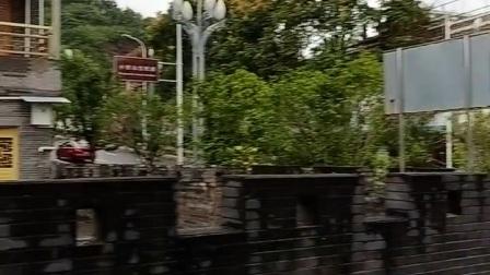 丰都名山街道办事处对面景区路附近广场